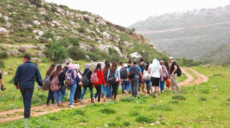 تجوال اراضي قرى دير غسانة وعابود وكفر الديك – غرب رام الله